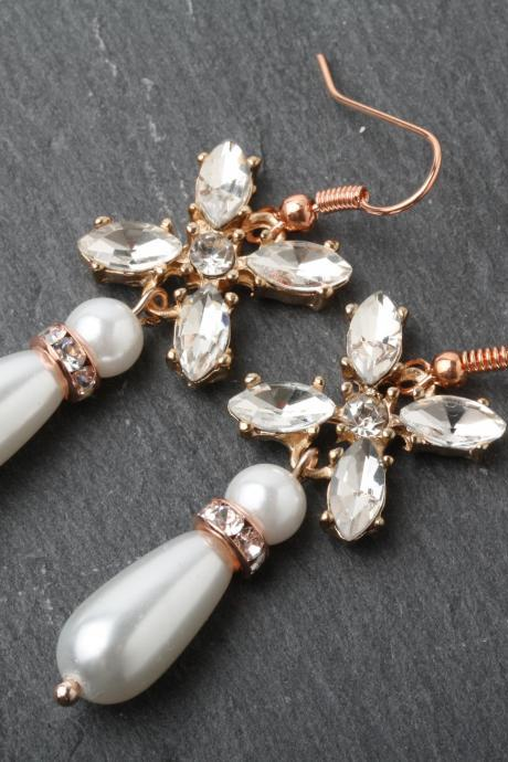 Rose gold Bridal earrings, rose gold pearl earrings, rose gold jewelry, Crystal rose gold wedding earrings, bride earrings, gift for her