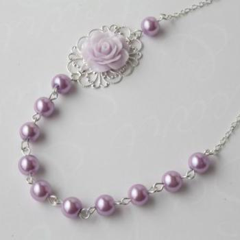 vintage style flower necklace - shabby chic - pearl and rose necklace - purple pearl neckalce - rose necklace - romantic - lilac - lavender