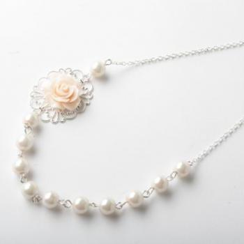 vintage style flower necklace - bridesmaid necklace - peach wedding - shabby chic - pearl and rose necklace - blush pink pearl neckalce - rose necklace - romantic - peach - made in Canada -