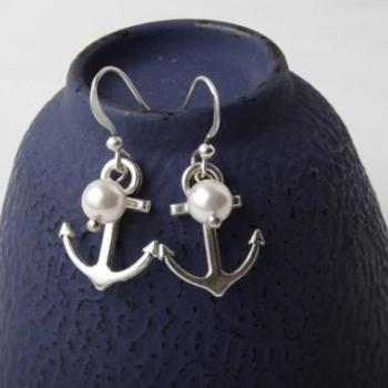 Earrings, Antique Silver anchor and pearls earrings, anchor jewelry, nautical earrings, bridesmaid earrings, made in Canada, silver ear wire
